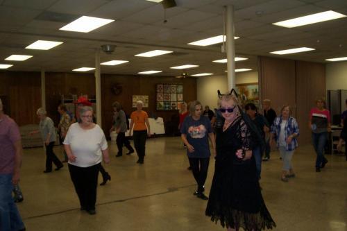 line dance class halloween 10-30-18 007