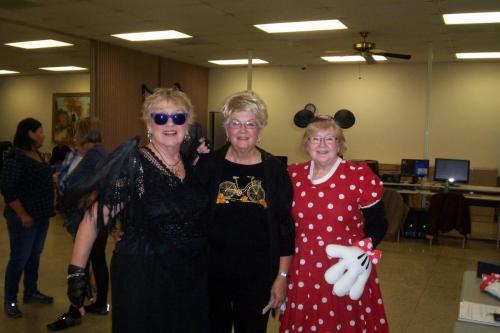 line dance class halloween 10-30-18 011